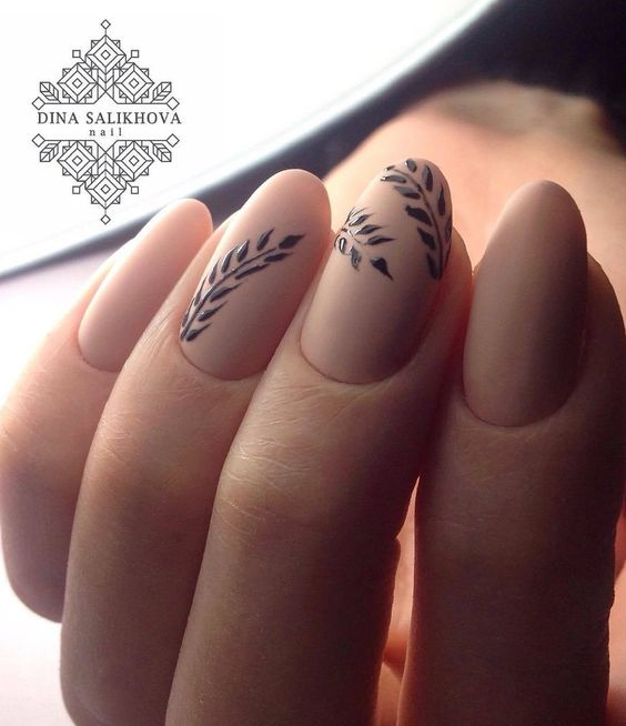 Looks at these beauty nails that I saw on pinterestttttt #nails #fashion