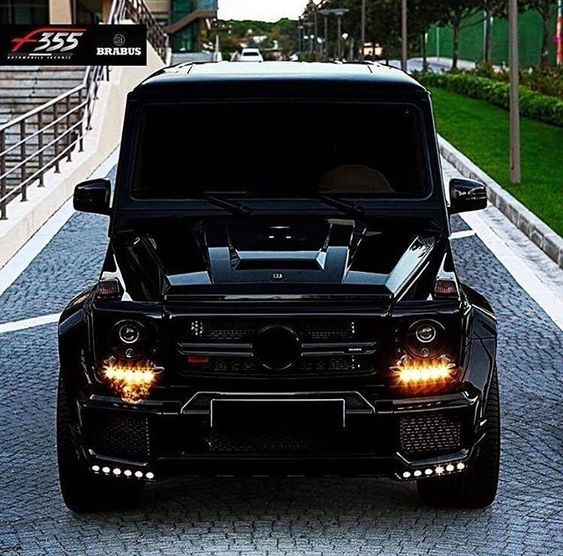 De Mercedes Benz G65 G Wagon Brabus Black Series G63