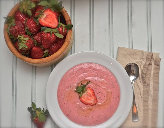 Chilled Strawberry Soup