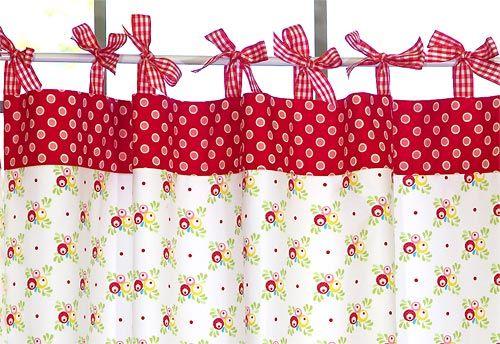 Cortina retrô para cozinha é linda e barata, se você mesma costurar (Foto: sew4home.com)