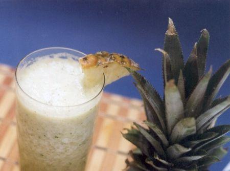 Suco de Abacaxi com Hortelã -