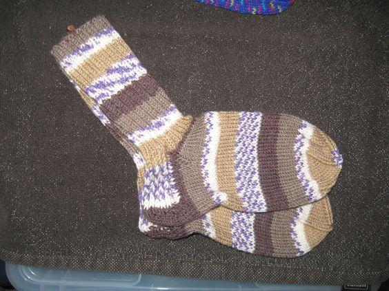 Handgestrickte Socken Gr. 34/35 von Heike`s Zauberwerkstatt auf DaWanda.com