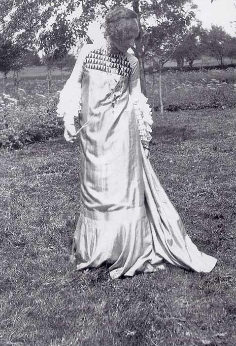 Emilie Flöge in dress designed by Gustav Klimt