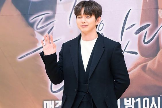 """Yoo Seung Ho Reveals Reason For Appearing In Rom Com And Lessons Learned While Filming """"My Strange Hero"""""""