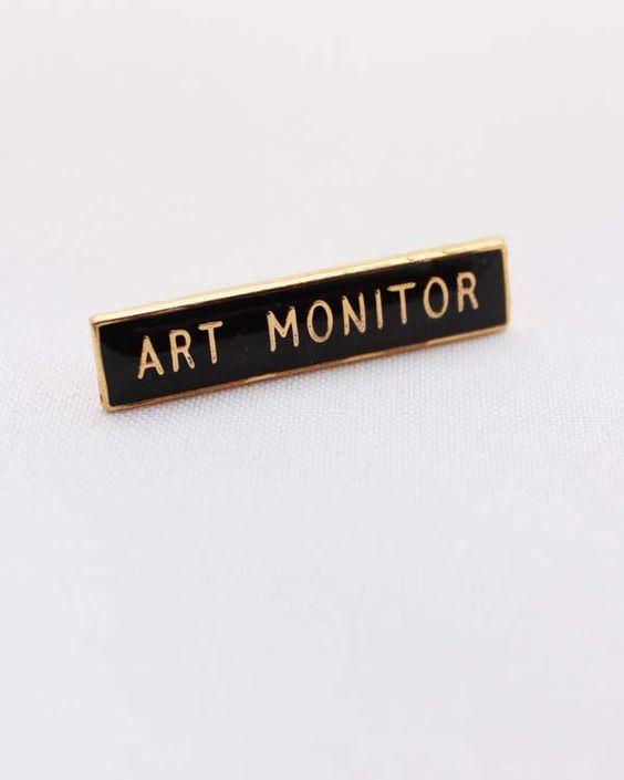 Art Monitor badge | Foxes