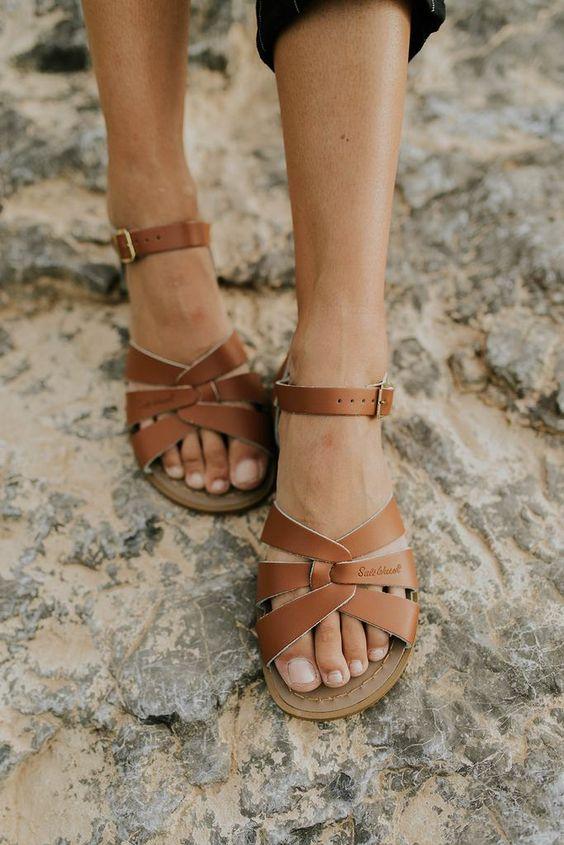 Salt Water Sandals in Tan   ROOLEE