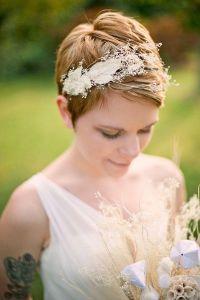 Acconciatura da sposa capelli corti cerchietto vintage