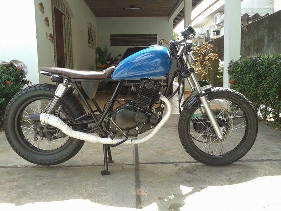 8º - Intruder 250 | Garagem Cafe Racer