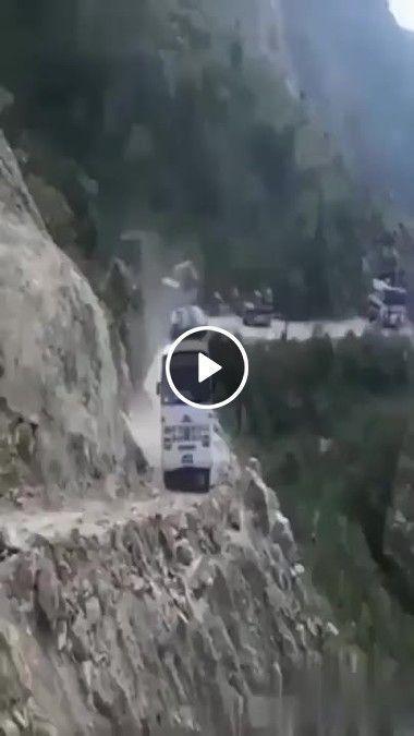 Essa estrada com certeza não é para qualquer um.