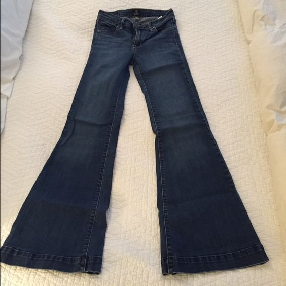 Just black wide legged Jean Wide legged, dark wash jeans. Super cute with wedges! Just Black Jeans Flare & Wide Leg