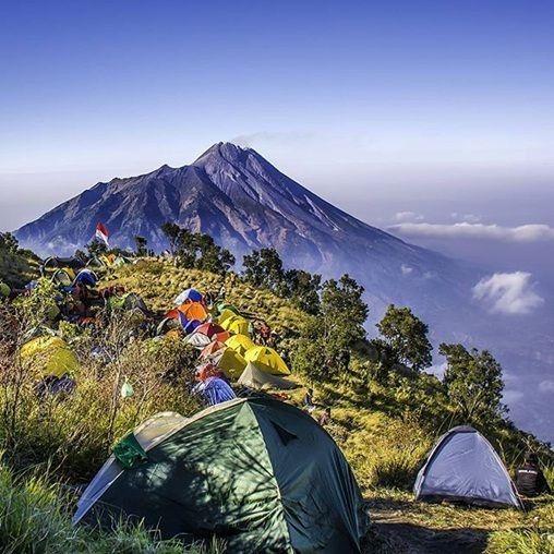 View Merapi Dari Merbabu Foto Pinterest Kamu Pernah Melancong Ke Boyolali Yapt Kabupaten Yang Terletak D Pemandangan Foto Alam Fotografi Pemandangan