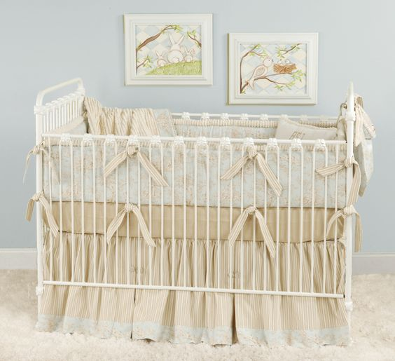 Blue beige cream toile baby bedding for a shabby chic for Toile shabby chic