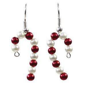 These handmade candy cane earrings are so cute - make them for a Christmas gift!