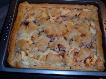 Das perfekte Blätterteig - Pizza-Rezept mit einfacher Schritt-für-Schritt-Anleitung: mal wieder was schnelles mit Blätterteig )))))))) habe eine kleine…