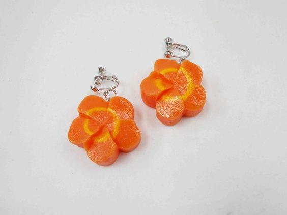 Flower-Shaped Carrot Ver. 2 Earrings