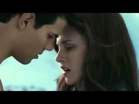 Kristen Stewart Hot Kiss
