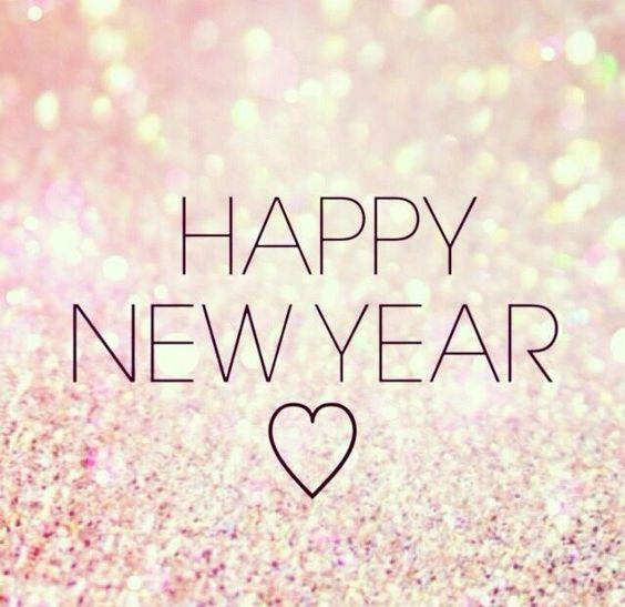 Gelukkig nieuw jaar! Tijd voor goede voornemens, maar ook om dingen achter ons te laten☺️ Ik wens iedereen veel liefde, gezondheid en geluk voor 2016✨ -xxx- Emy