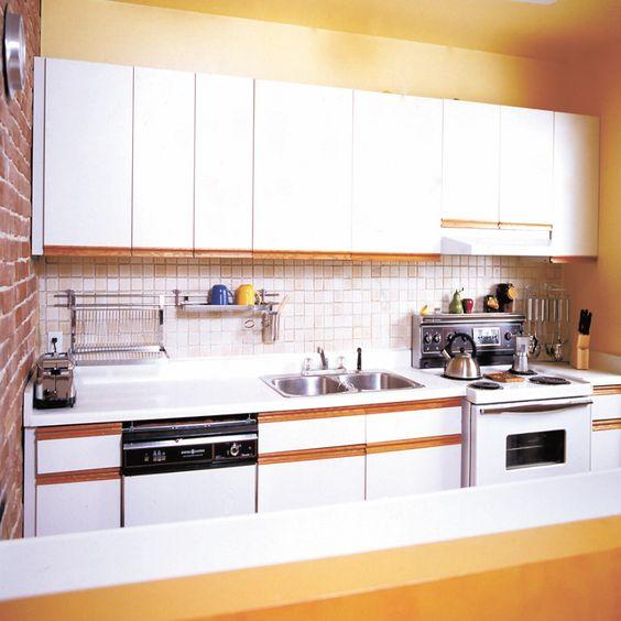 kitchen, White Kitchen Cabinet Design For Modern White Kitchen Design Ideas With White Kitchen Ceramic Tile Wall Design With White Kitchen Units Design With Small White Kitchen Island Design With Washbowl Design: White Kitchen Cabinet Design for Modern Kitchen Design