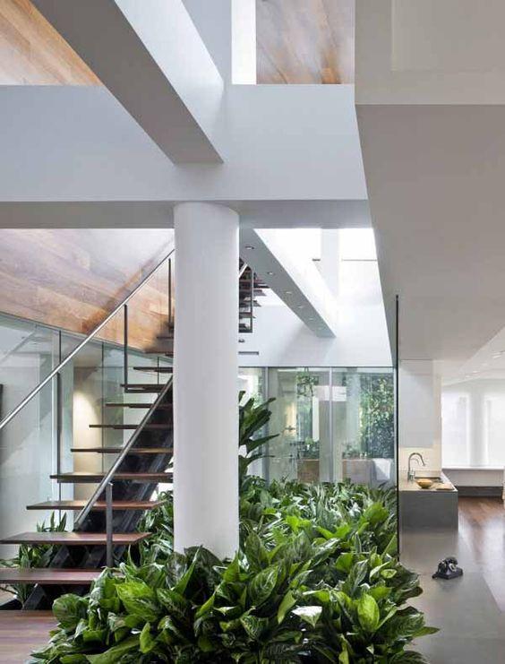 Desain Taman Bawah Tangga Untuk Rumah 2 Lantai Minimalis Green Platns ...  #architecture