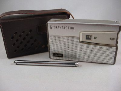 Vintage TOSHIBA 8TM-300S Transistor Eight Radio