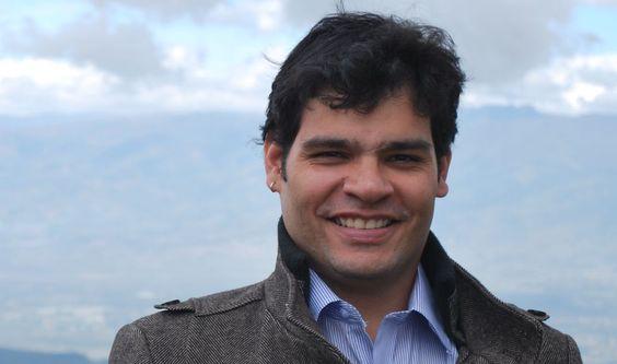 O professor Leon Victor Queiroz, da Universidade Federal de Campina Grande.