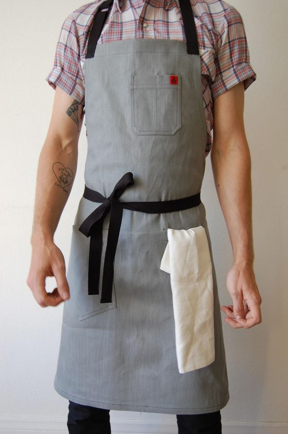 Earl Grey Apron / Hedley and Bennett For my man one day. ;)