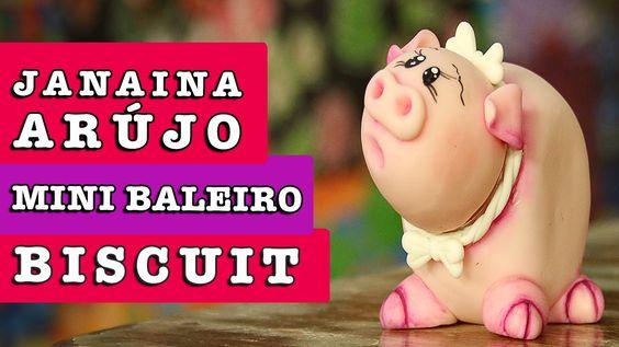 17/07/2014 - Mini baleiro em Biscuit (Janaina Araújo)