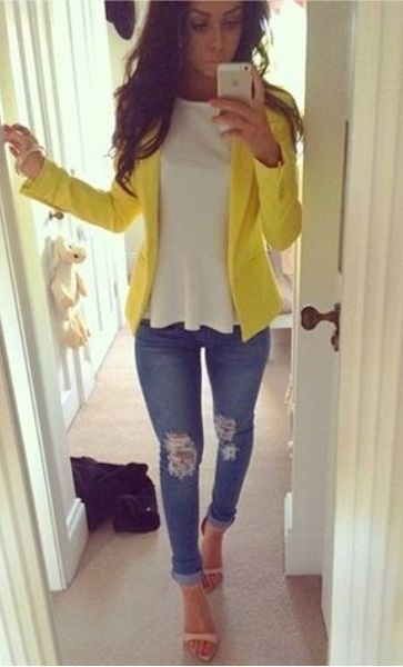 Yellow blazer, ripped jeans and white peplum top. Nude heels, perfect: