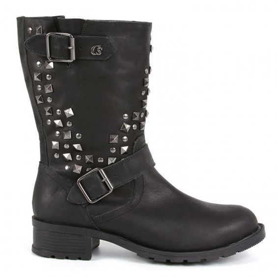 Black motorcycle boots by Carmen Steffens