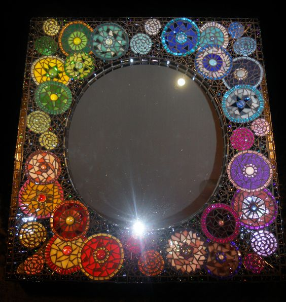 Mosaic Mirror Fireworks. Love the diff colors on the same background.