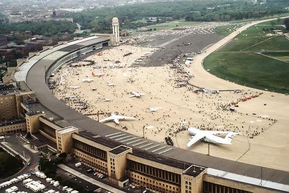"""Der Flughafen im Mai 1984 am """"Tag der offenen Tür"""""""