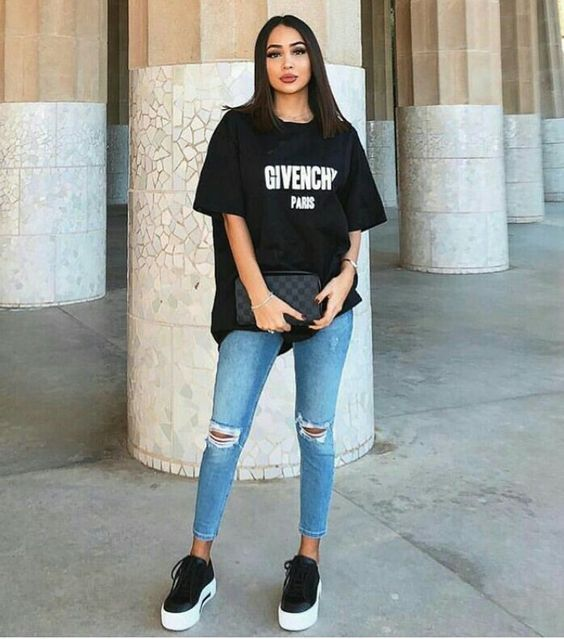 6 Formas De Usar Jeans E T Shirt Como Uma It Girl Looks Com Camisetas Looks Looks Moda