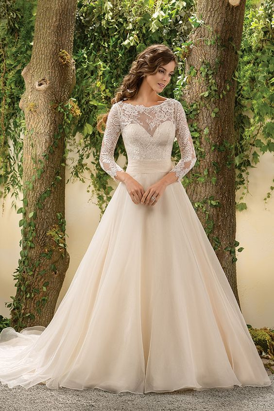 Jasmine Bridal 2016: A Classic and Modern Touch