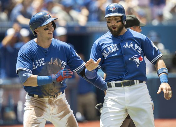 Blue Jays outfielder Kevin Pillar nominated for Roberto Clemente award