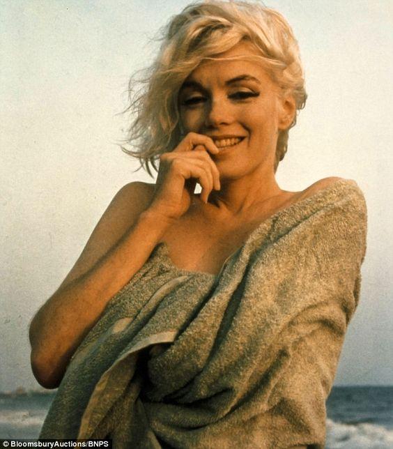 Des photos gardées secrètes de Marilyn Monroe ont été dévoilées au grand jour - Nouvelles - Nouvelles - Divertissement et Nouvelles, Hollywood, showbiz Québécois, cinéma et télévision, potins de vedettes et célébrités