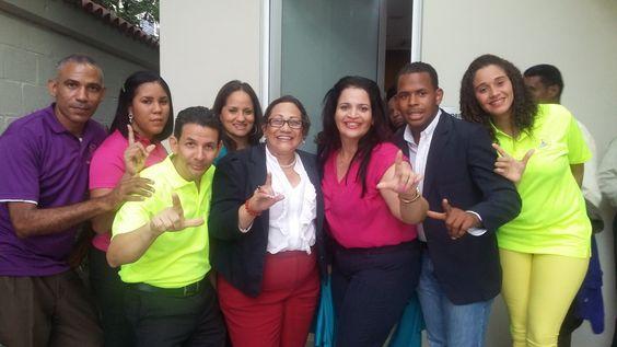 ¡Este próximo Domingo!  @LeonelFernadez en el PALACIO DE LOS DEPORTES. #SigueLaRutaDeLeonel  Con el #DreamTeamLeonel