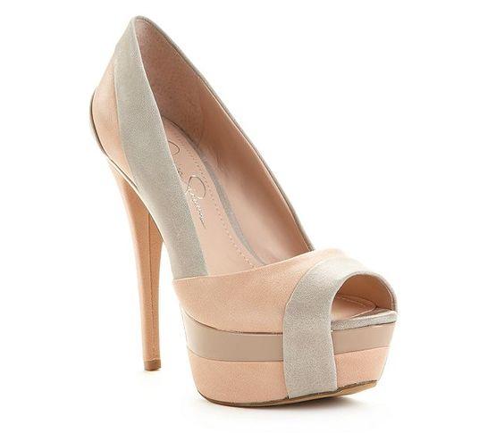 Querooooooooooooo....Weema Platform Pumps- JSimps knows her shoes