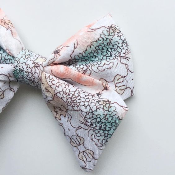Hey, Alice! #details!!! #classic #hairbow
