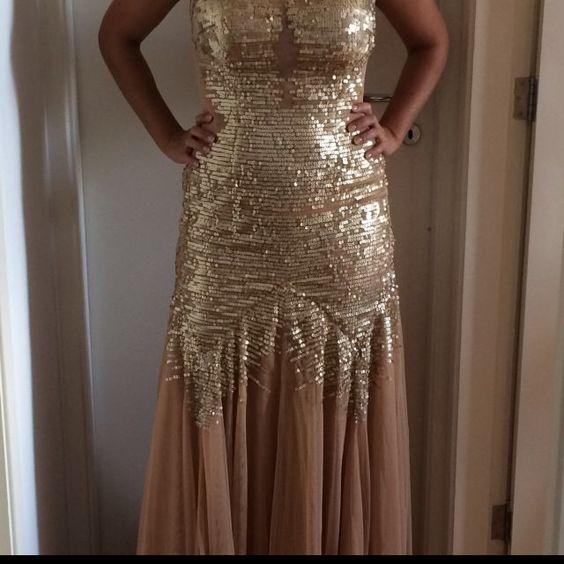 Dressbe | Vestido de Festa bordade de paetê #vestido #dress #festa #vestidodefesta #paete #moda