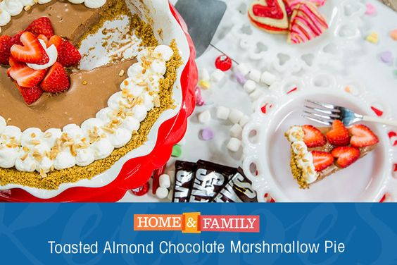 Toasted Almond Chocolate Marshmallow Pie - This treat is the perfect ...
