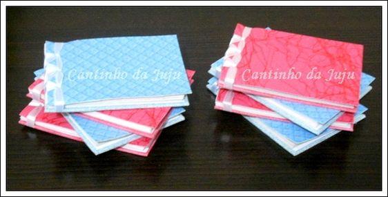 Mini bloquinhos encadernados com costura japonesa.  Capa de material sintético. Contém 50 folhas no tamanho 7,5 X 10,5cm    Super fofo para dar de lembrancinhas para qualquer ocasião. www.cantinhodajuju.com.br