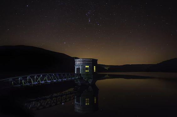 Night Skies by valleywalker