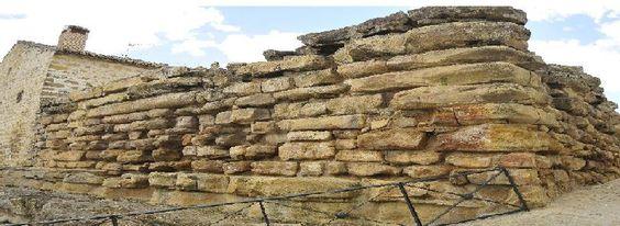 Muralla ciclópea de Ibros (Jaén) / Cyclopean Wall of Ibros (Jaén), by @gdradlas