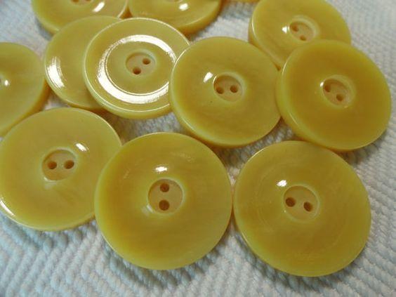 Vanilla Vintage Buttons