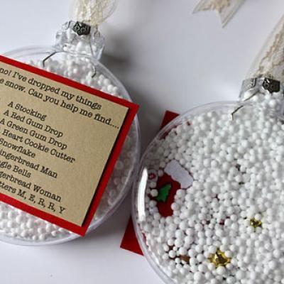 I spy ornament http://go.tipjunkie.com/hm/1819/craftsnob.com/2011/11/treasure-hunt-ornament/