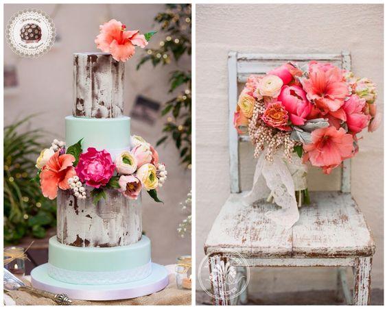 Rustic & Blossoms wedding cake