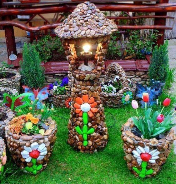 Impressive Diy Garden Decorations Ideas 02 #Outsidegardendecor