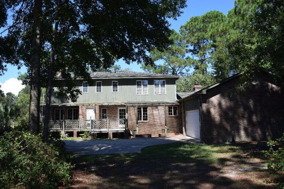 Realty Executives Gulf Coast -  405 Wedgewood Drive, Gulf Shores AL 36542 $279,900. For more info contact Allen Johnson  (251) 980-7256.
