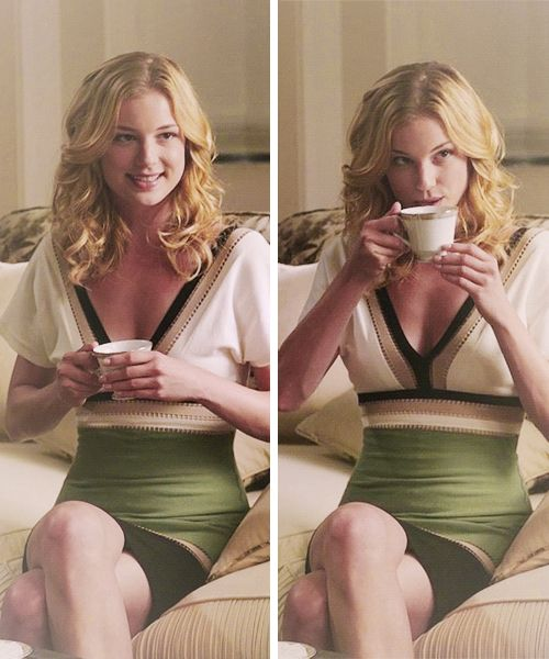 Emily Thorne from Revenge in M Missoni V neck Colorblock Dress on S01E02 'Trust'.
