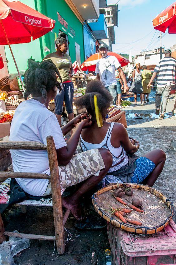 In the streets of Haïti.